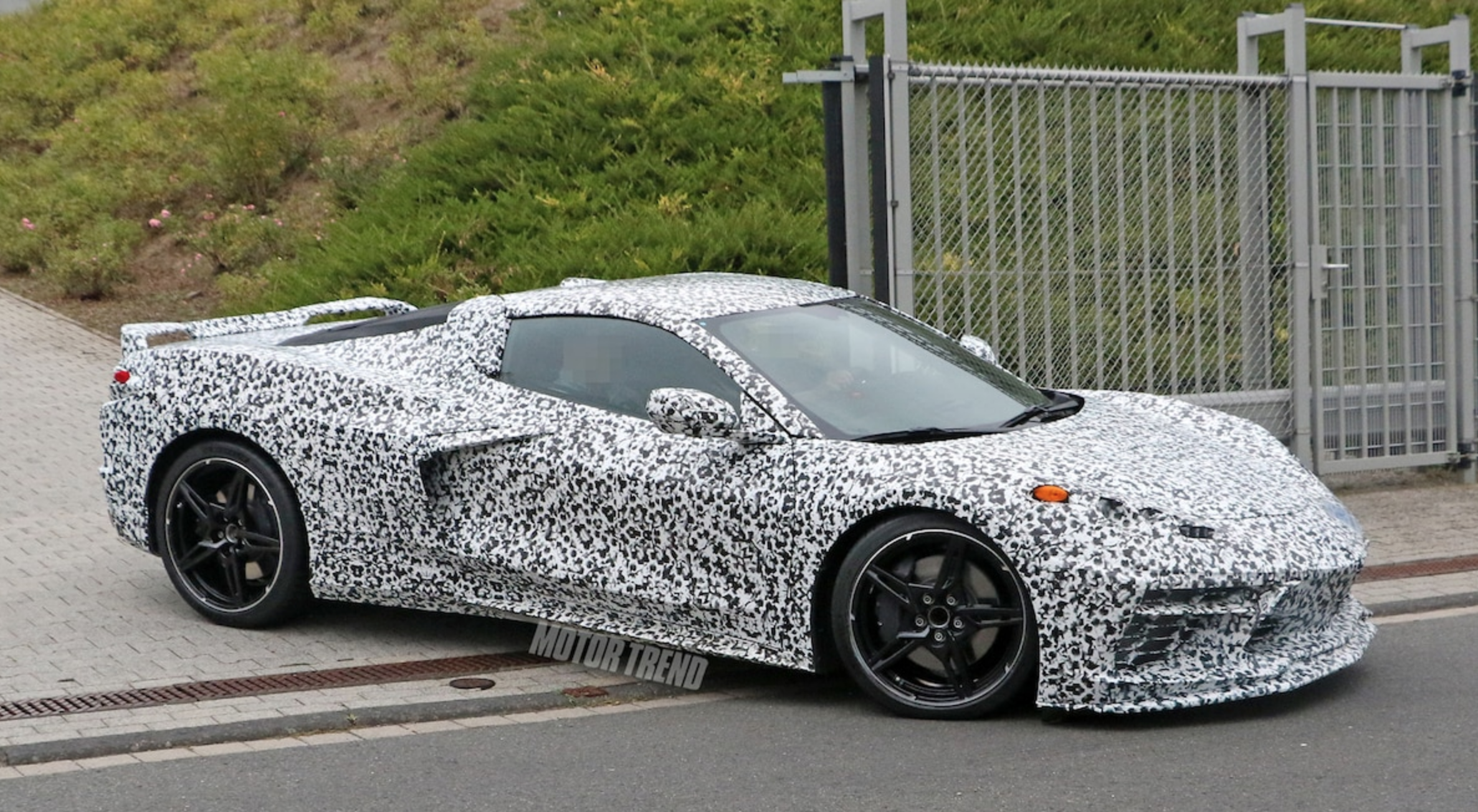 Mid-Engine Corvette Chassis Reportedly Can't Handle the ...
